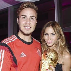 germany-mario-goetze-girlfriend